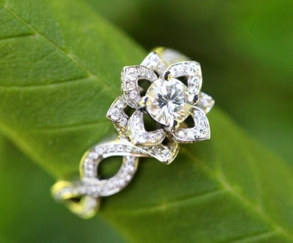 Unique Flower Lotus Rose Diamond