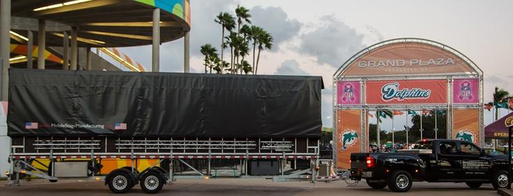 XXL Mobile Stage Miami