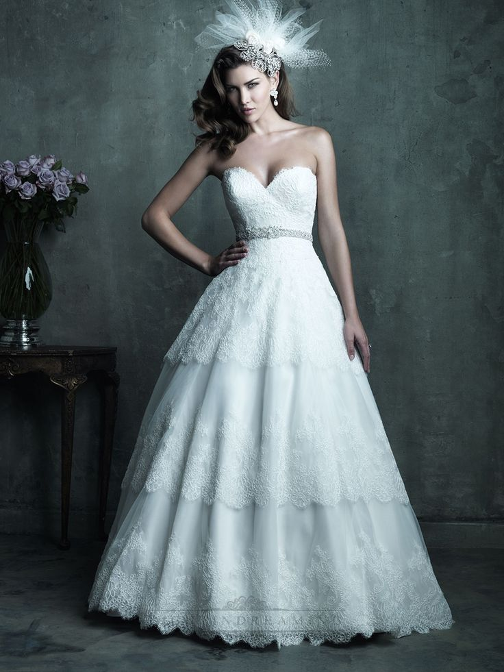 Strapless Sweetheart Lace Layered Ball Gown Wedding Dresses