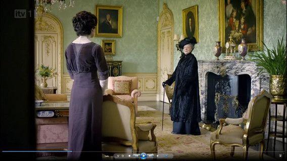 Violet Crawley, comtesse douairière et sa belle fille Cora ..