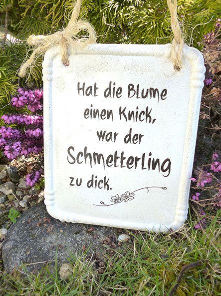 Schönes Schild für den Garten aus Beton mit Spru…