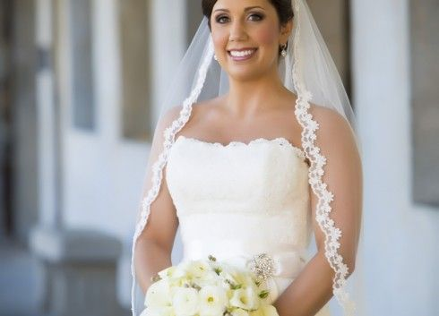 A lace-edged wedding veil. Classic and beautiful. #wedding