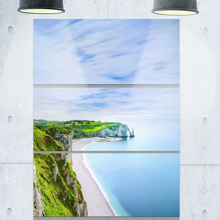 Designart 'Etretat Aval Cliff and Rocks Normandy' Beach Glossy Metal Wall Art