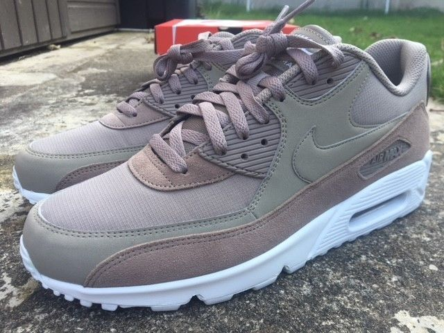 nike air max 90 trainers men size 10