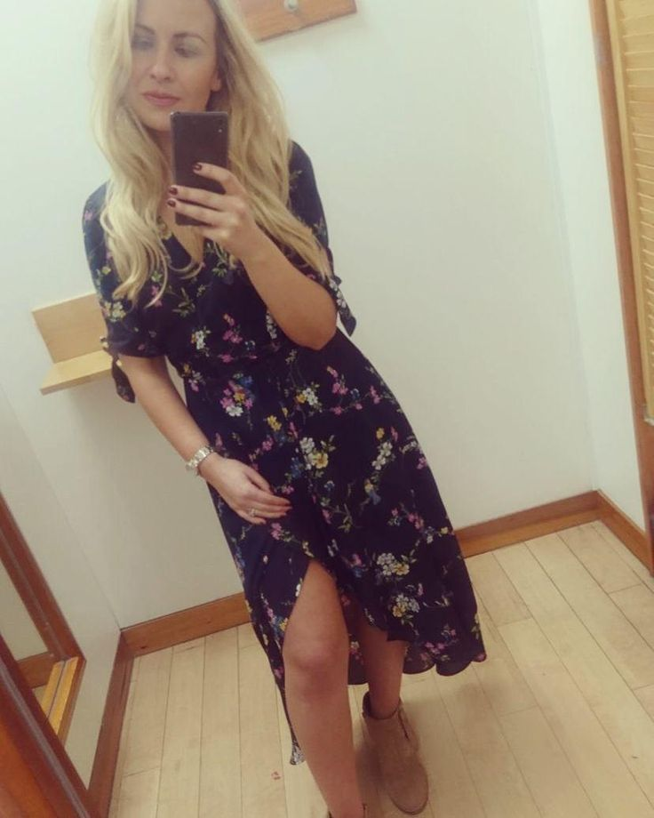 Our Bouquet Bird Wrap Midi Dress, featured by @miss_shelllynch on Instagram. Click the selfie to shop the look! #oasisfashion
