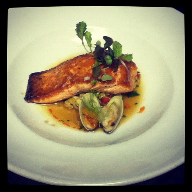 King salmon at the iberian pig: Free Dining, Gluten Free