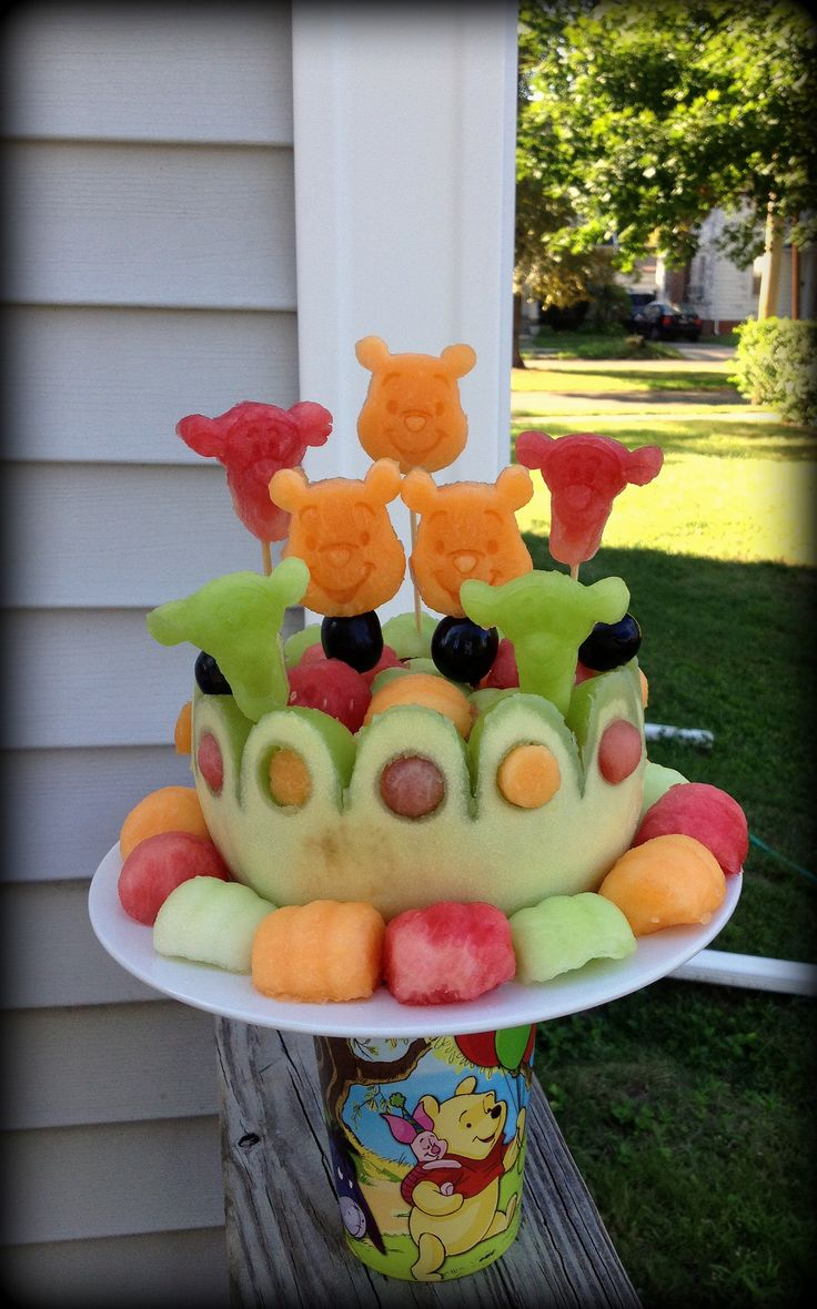1000 images about winnie the pooh on pinterest disney for Baby shower fruit decoration ideas