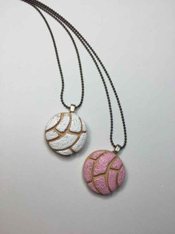 Concha necklace, $9.00