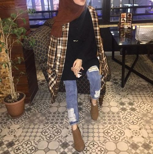 checked coat hijab look-Colorful and chic hijab collection – Just Trendy Girls