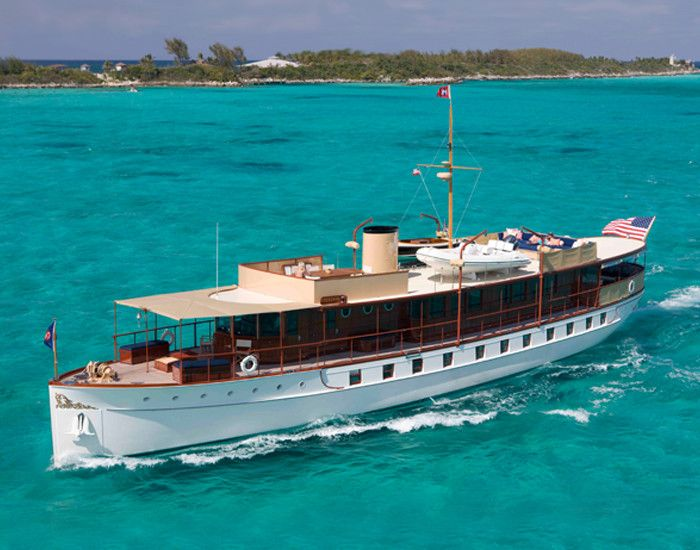 Freedom 104 foot fantail motor yacht designed by john for Klakring motor co annapolis