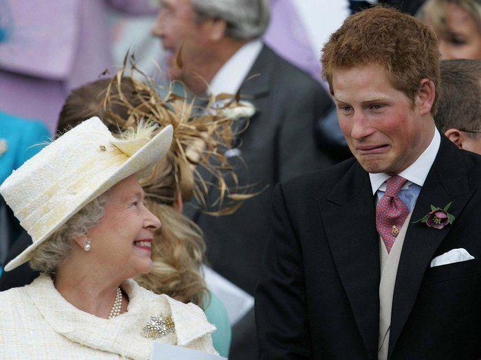 Πρίγκιπας Χάρι προς Ελισάβετ: Σε βλέπω ως αφεντικό, όχι ως γιαγιά
