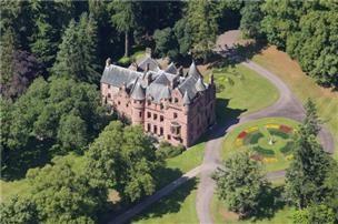 http://www.uklandandfarms.co.uk/rural-property-for-sale/scotland/central-scotland/36230_eds040088/