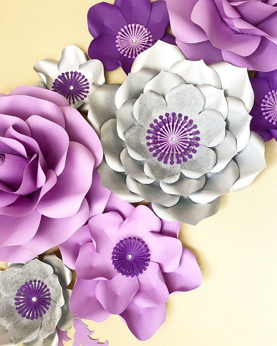 Decorate Your Living Room With These Beautifully Handmade Paper Flower Backdrop These Paper F Handmade Flowers Paper Paper Flowers Giant Paper Flower Tutorial