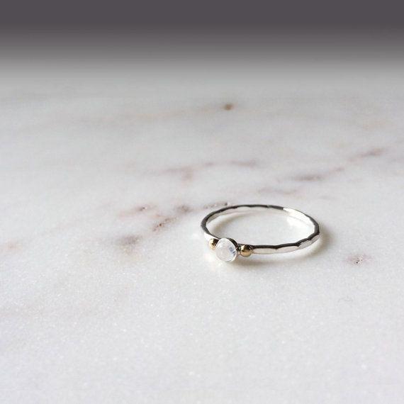 Bague pierre de lune en argent sterling et or jaune 14k - argent 925 - pierre de lune - or jaune 14k - simple et délicate bague or et argent