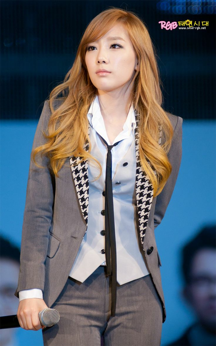 Taengoo in a suit *_* #KimTaeyeon #TheBoys #RGB
