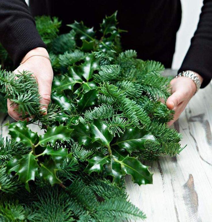 couronne de Noel faire soi meme branches sapin houx #Noël ...