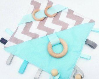 Crinkle Sound Sensory Activity Blanket Tag Taggy door KawaiiDezigns
