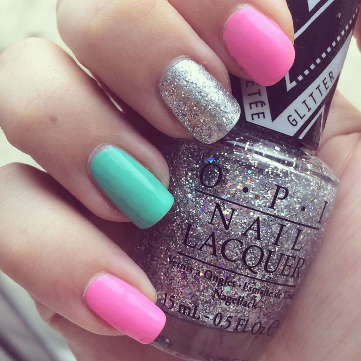Mix and match nails / mani in pink, turquoise and silver glitter using OPI Models Own and Kiko