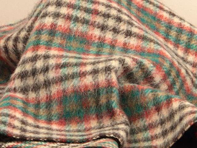 【楽天市場】ウール【18485】【柄物】【送料無料】【ウール生地】カラー全4色【50cm単位 切り売り】【ウールツイード】18485-20 ☆ジャケットやコート、スカート ブランケットなど小物にも:生地のオガワ