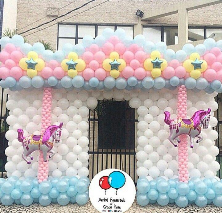 Bales Carrossel Balloon Wall DecorationsBalloon BackdropBalloon