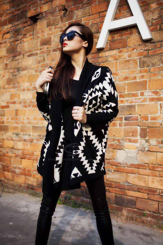 Modern Style Abstract Pattern Batwing Sleeve Knit Women's CardiganSweaters & Cardigans | RoseGal.com