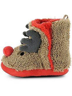 Chaussures, chaussons - Chaussons fourrés montants - Kiabi (promo a 3,20. Sinon 8 €)
