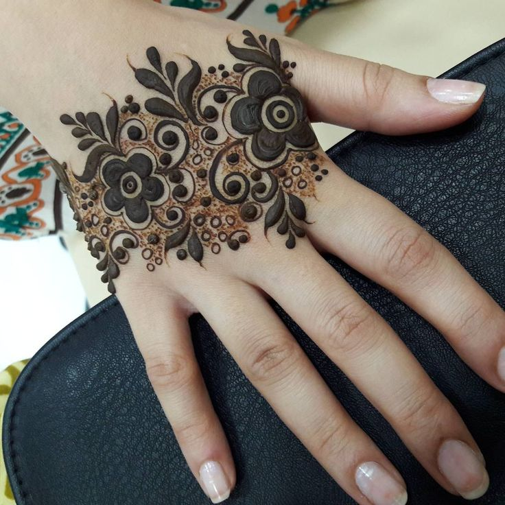 1000+ Images About Mehendi Galore On Pinterest