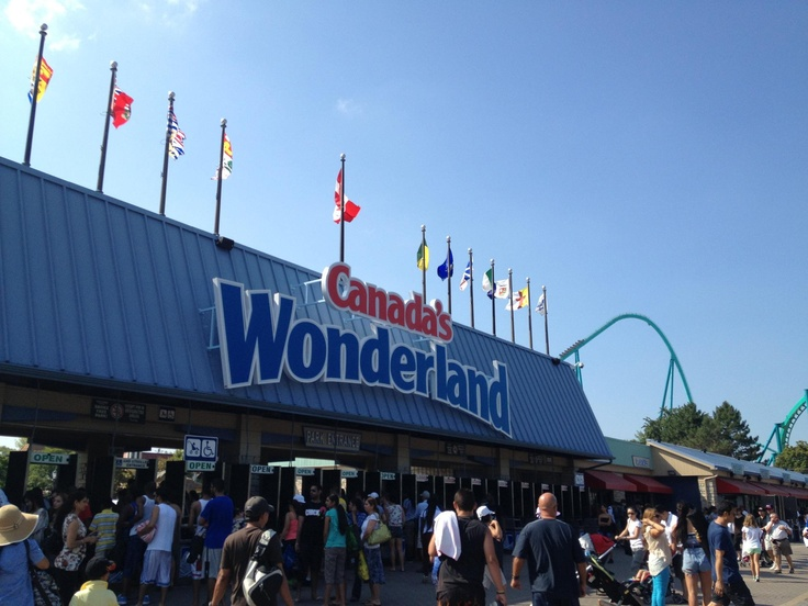 CANADA Wonderland - Toronto, Summer, 2012