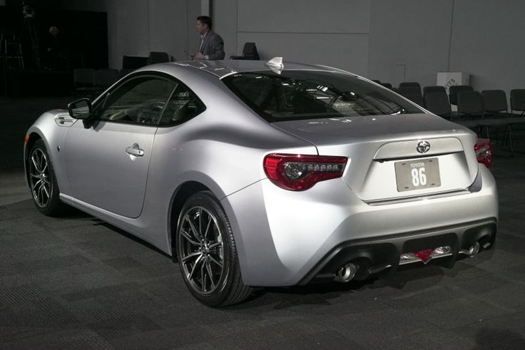 How Many 86 Emblems Are On The 2017 Toyota 86?