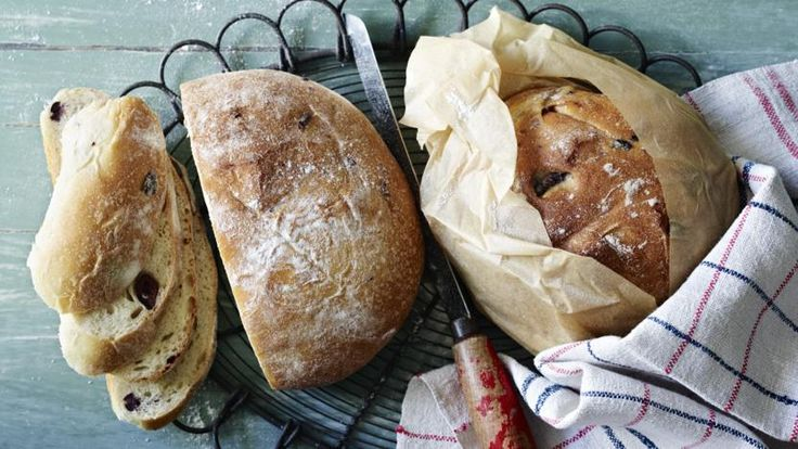 Sun-dried tomato and olive bread