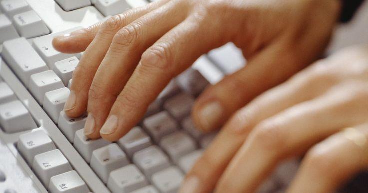 Como escrever em um código secreto. A criptologia, ou comunicação secreta, tem sido utilizada quase desde que a escrita começou. Computadores continuam a usar códigos secretos, chamados de criptografia, para proteger contra roubo de identidade. Escrever mensagens em código pode ser uma maneira divertida de escrever notas aos seus amigos. Uma maneira de escrever em código é usar um ...