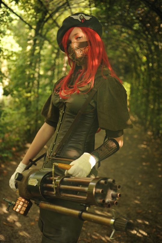 CosGeek: Steampunk Chick