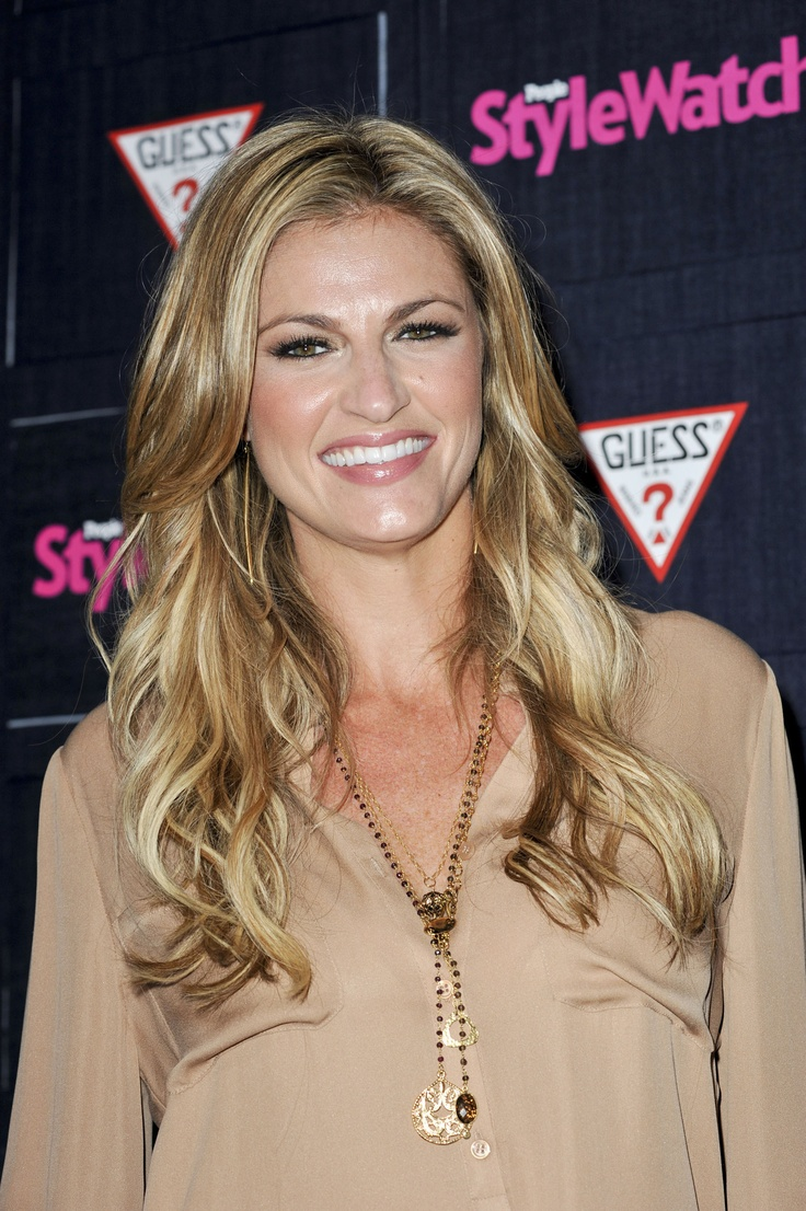 Erin Andrews Death Threats: Fox Sports Host Fires Back at Twitter Haters