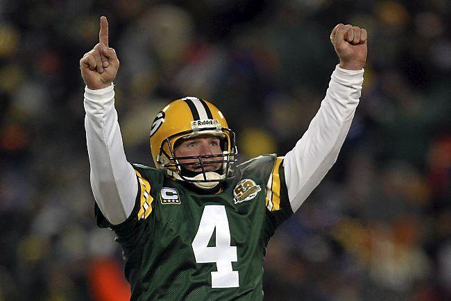 Green Bay Packers Retire Brett Favre's Number | PressRoomVIP