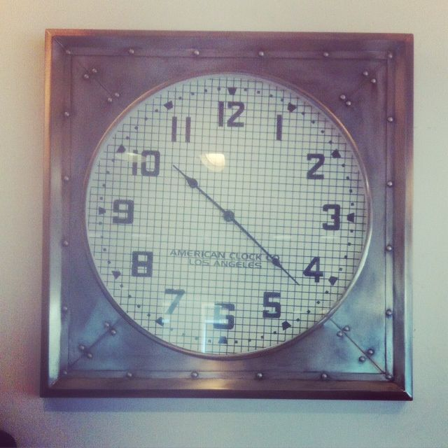vintage clock - perfect for the kitchen
