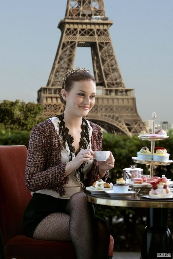 This is one of my fave Blair looks from Paris! Love it all. The Chanel jacket, the headband, and the tights. Perfection!