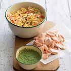 Pastasalade met zalm en rucolapesto (zalm vervangen door visvrije tonijn van de Vegetarische slager)