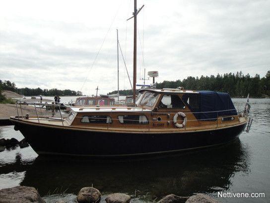 Nyt myynnissä Family cruiser moottorivene - Porvoo, Uusimaa. Klikkaa tästä kuvat ja lisätiedot.