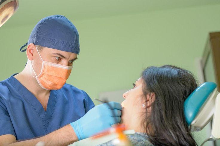 Carie dentara. Consultația și planul de tratament vă sunt oferite gratuit. Prețul unei obturații dentare (plombe) este 80 lei material: compomer GS - Equia.
