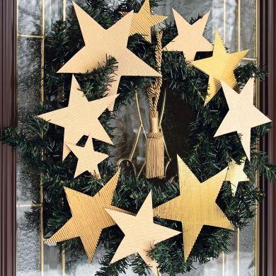 Une couronne d'étoiles dorées - Fêtes - Inspirations - Décoration et rénovation - Pratico Pratique
