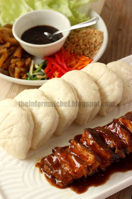 gua bao with braised pork belly