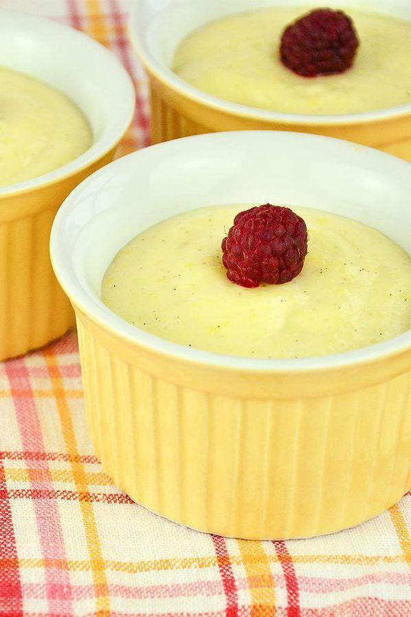 Vanille Pudding selber machen Rezept: Vollmilch,Speisestärke,Eier,Zucker,Vanilleschote