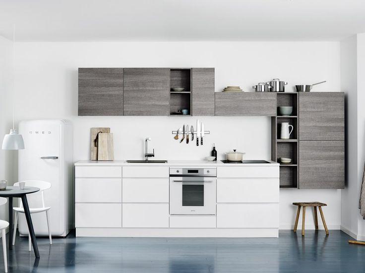 Cuisine Ice - Kvik ; J'aime bien le côté asymétrique des meubles hauts