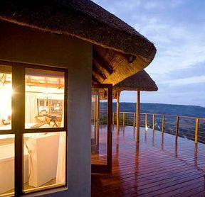 Esiweni luxury safari lodge, Nambiti big five private game reserve | The Suite