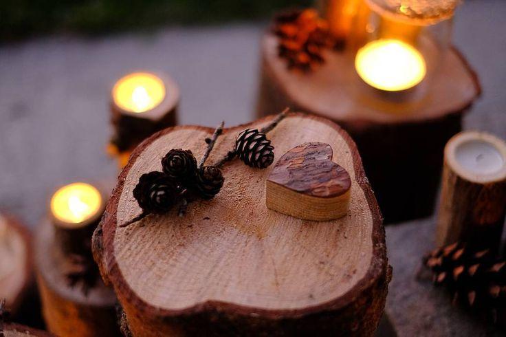 L'#autunno si sta avvicinando e lo stile #rustico anche quest'anno ha conquistato tante #spose.   #Event_ualmente #weddingplanner #allestimento #matrimonio #fattocolcuore #Lecco