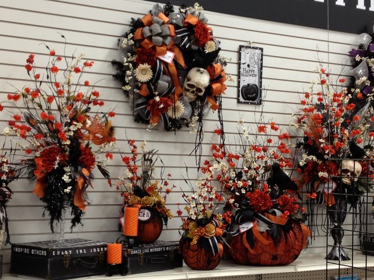 talented michaels designers halloween halloween traditions completed vignette by christian rebollo - Michaels Halloween Decorations