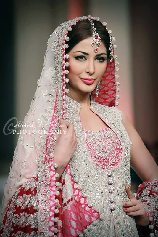 Pantene Bridal Couture Week 2014 Bridal Wear Collection