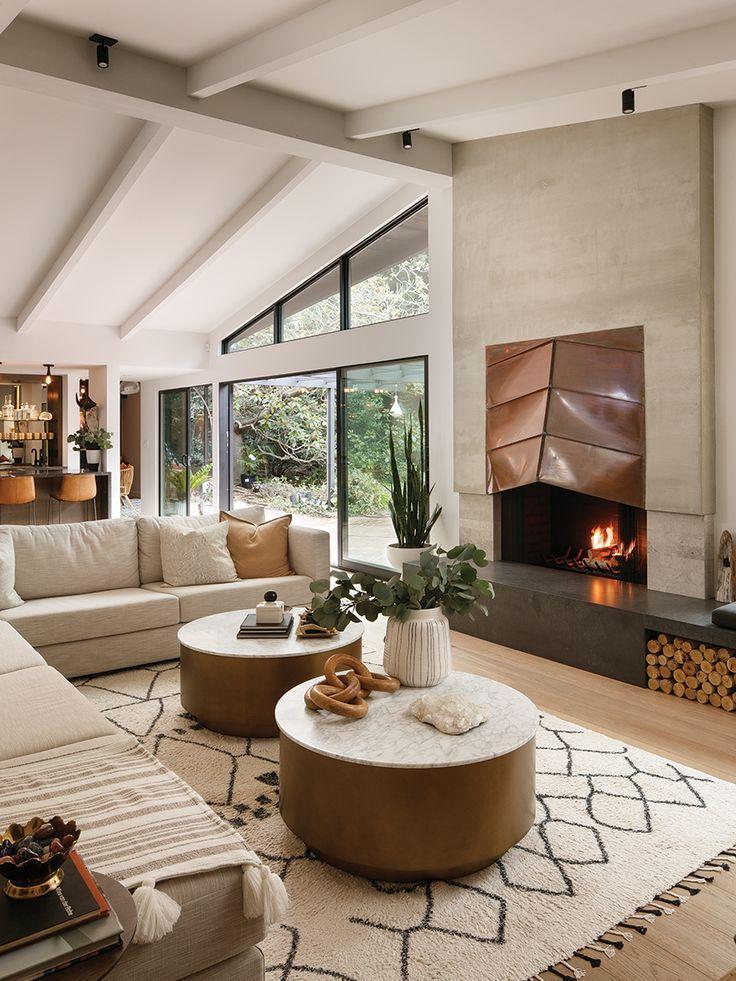 Best Modern House Design, Modern Style Homes, Dream Home Design, Modern Interior Design, Modern Decor, Midcentury Modern Interior, Midcentury Modern Fireplace, Small Modern Home, Modern Spaces