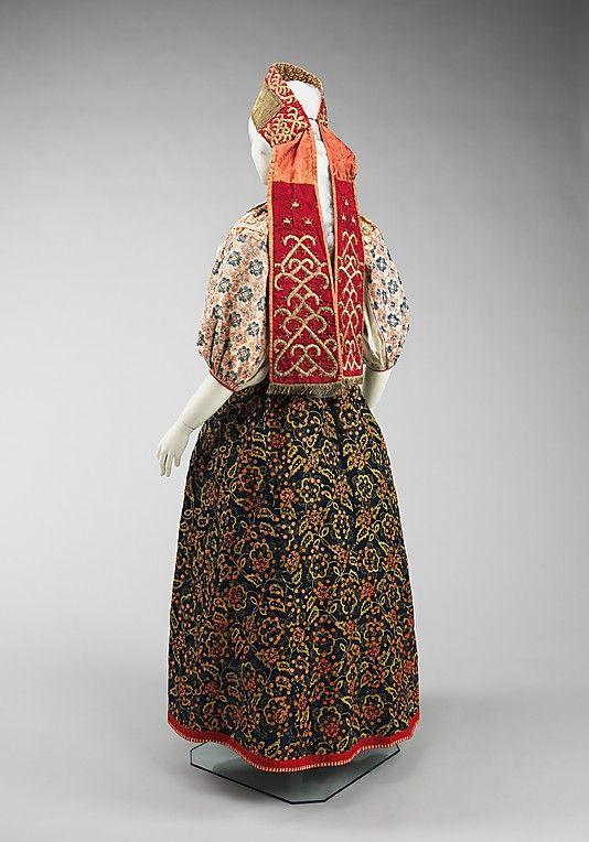 20-11-11  Ensemble                                                                                      Date:                                        third quarter 17th–19th century                                                          Culture:                                        Russian                                                          Medium:                                        linen, cotton, wool, pigment, metal, silk, glass, mother-of-pearl…