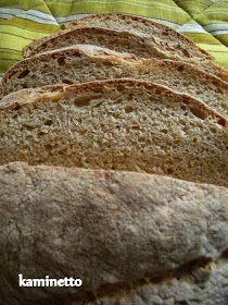 Bu ekmeğimin tarifi de Erez Komarowski' ye ait. Önceden yaptığım ekmeklerim de güzel oluyordu. Ama inanın ki  son iki ekmeğim başka bir ş...